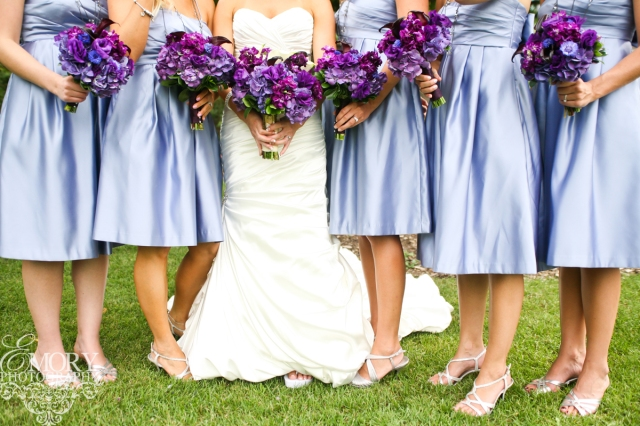 Perfect Day Wedding Planners bridal party in lilac and purple floral bouquets